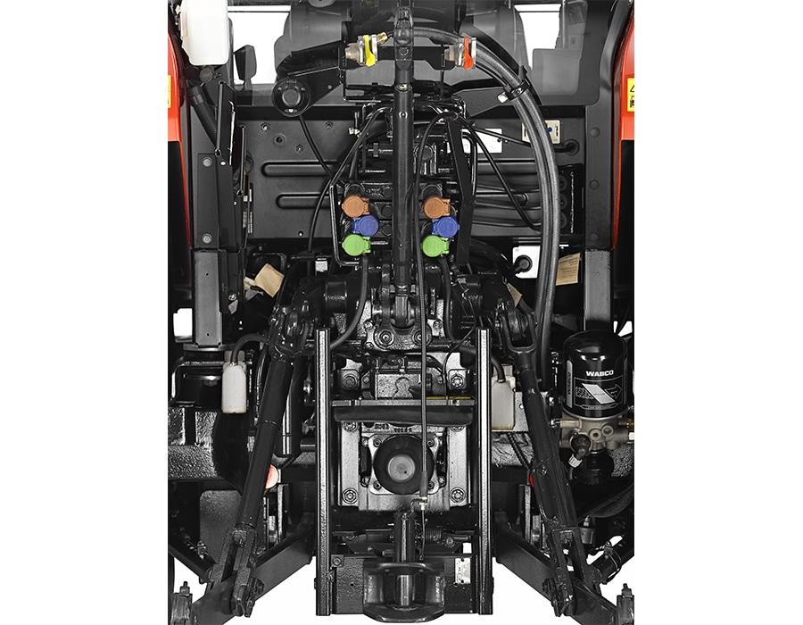 6-steyr_kompakt_4105_multicontroller_studio_wels_austria_150615_007