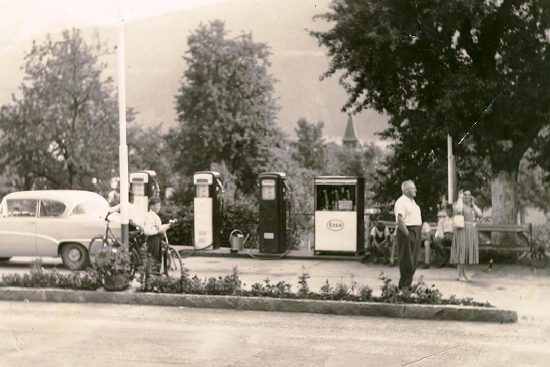 1952 Tankstellenzubau